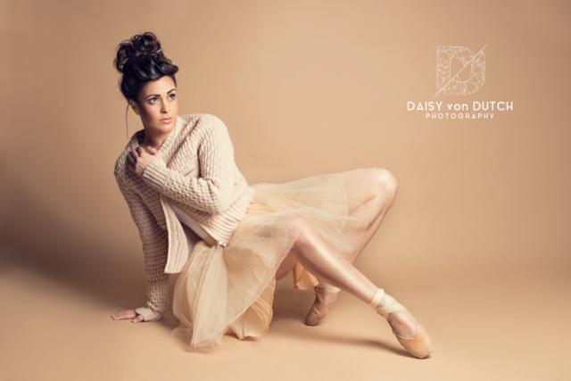 Daisy von Dutch, Daisy van Knotsenburg, Fotograaf Den-haag, Anna-Alicia Sklias, Anna-alicia, danseres